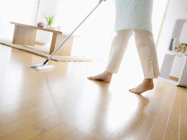 Cleaning Allure Floor