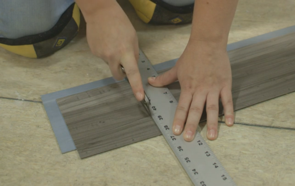 cutting vinyl planks
